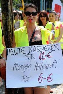 10.7.2013: Heute Kassiererin, morgen Hilfskraft