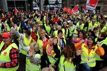 3.6.2013: Streik-Kundgebung auf dem Stuttgarter Schlossplatz